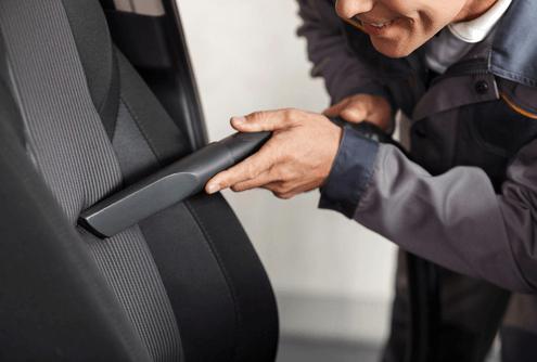auto innenraum saugen